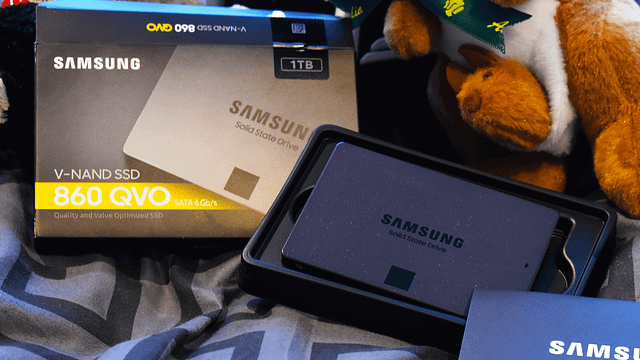 Samsung 860 QVO 1TB Unboxing