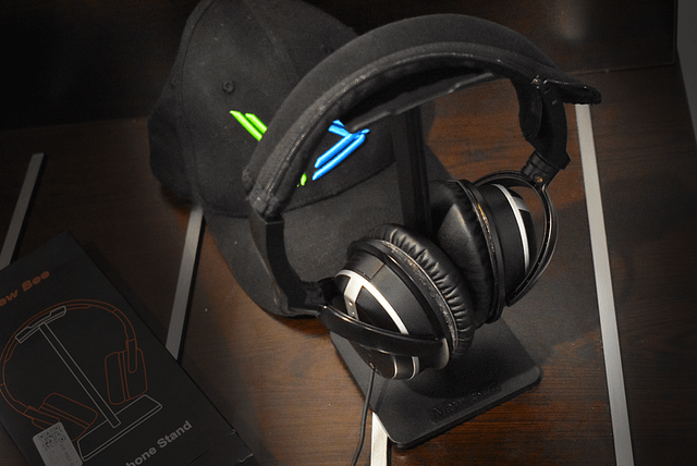 Budget Headphone Stand Unboxing and Test